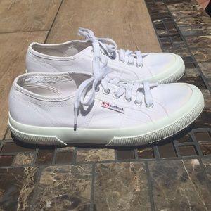 SUPERGA White Sneakers ⭐️ 6.5